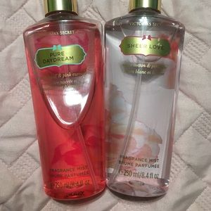 Victoria's Secret body spray set of 2